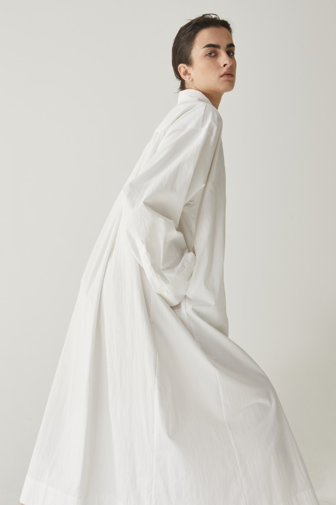 Maxi long shirts dress in off white