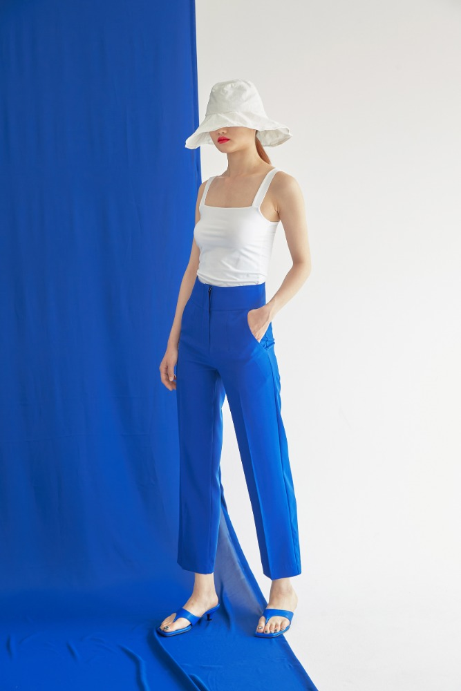 TAILORED CROP PANTS IN BLUE